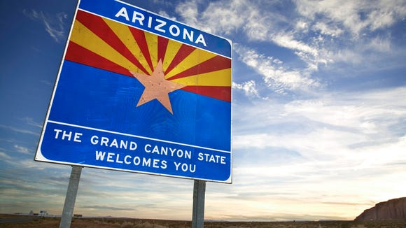 Welcome to Arizona sign.