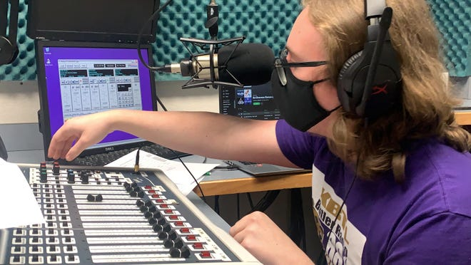 DJ Draven, aka Ethan Sutter, hosted his Alternative Rock program live during  the 10th annual World College Radio Day on KBTL 88.1 The Grizz on Oct. 2.
