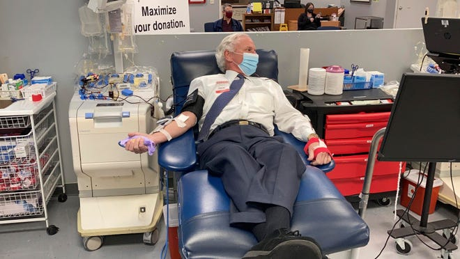 South Carolina Gov. Henry McMaster donates plasma to help with COVID-19 patients' treatment Friday in Columbia, S.C. McMaster contracted COVID-19 in December and said this was his way to help others.