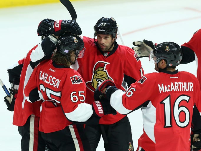 Ottawa Senators' David Legwand (17) and Clarke MacArthur