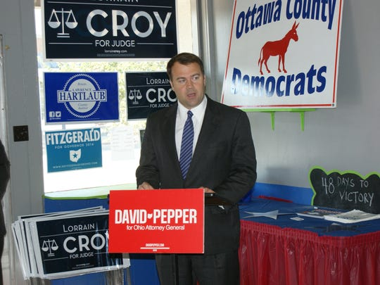 Attorney General Democratic candidate, David Pepper speaks to fellow democrats about the heroin problem in Ohio.