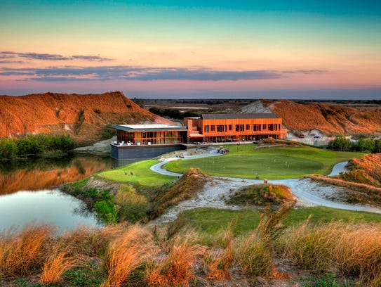 Streamsong Golf Resort in Bowling Green, Fla., is home