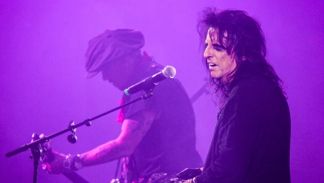 Alice Cooper and Johnny Depp performing with Hollywood Vampires at Cooper's 15th Annual Christmas Pudding concert.