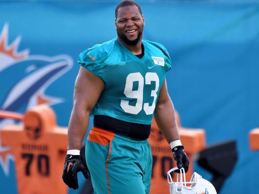 Ndamukong suh los angeles rams reach one year contract 2018 03 22 ndamukong suh voltagebd Images