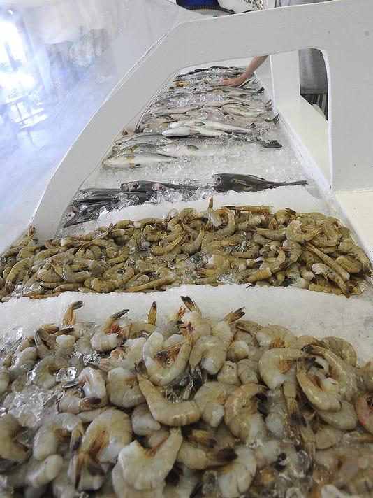 636074099968352770-seafood08.jpg