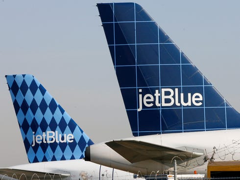 JetBlue Airways grounded flights in New York, New Jersey and Boston for 17 hours.