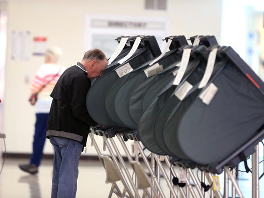 100835772-NS-early-voting08.JPG
