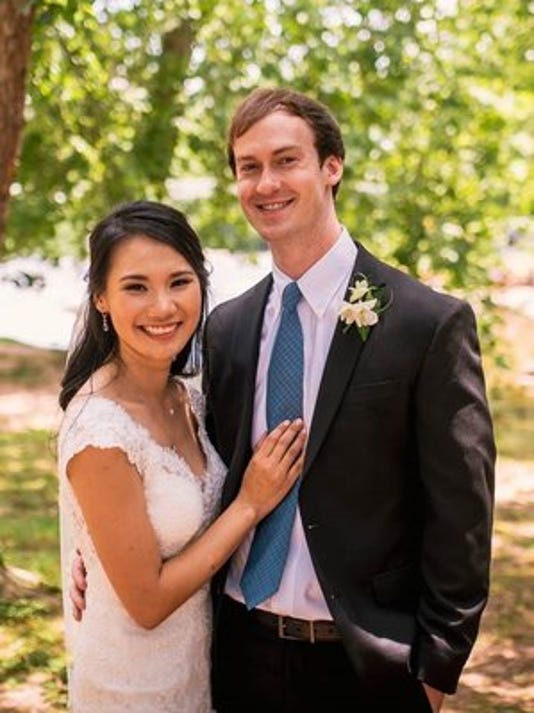 Weddings: Anh Thuy Phan & William Andrews Dennis