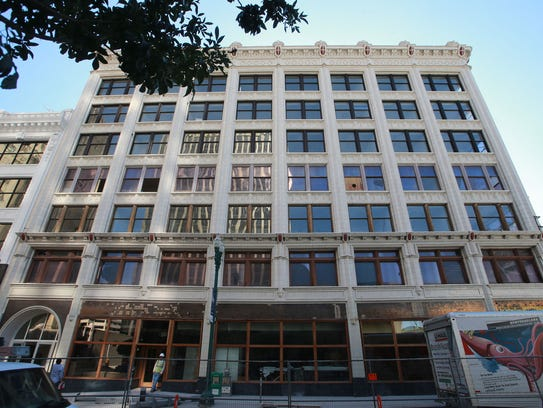 El Pasoans Get First Look At New Downtown Lofts