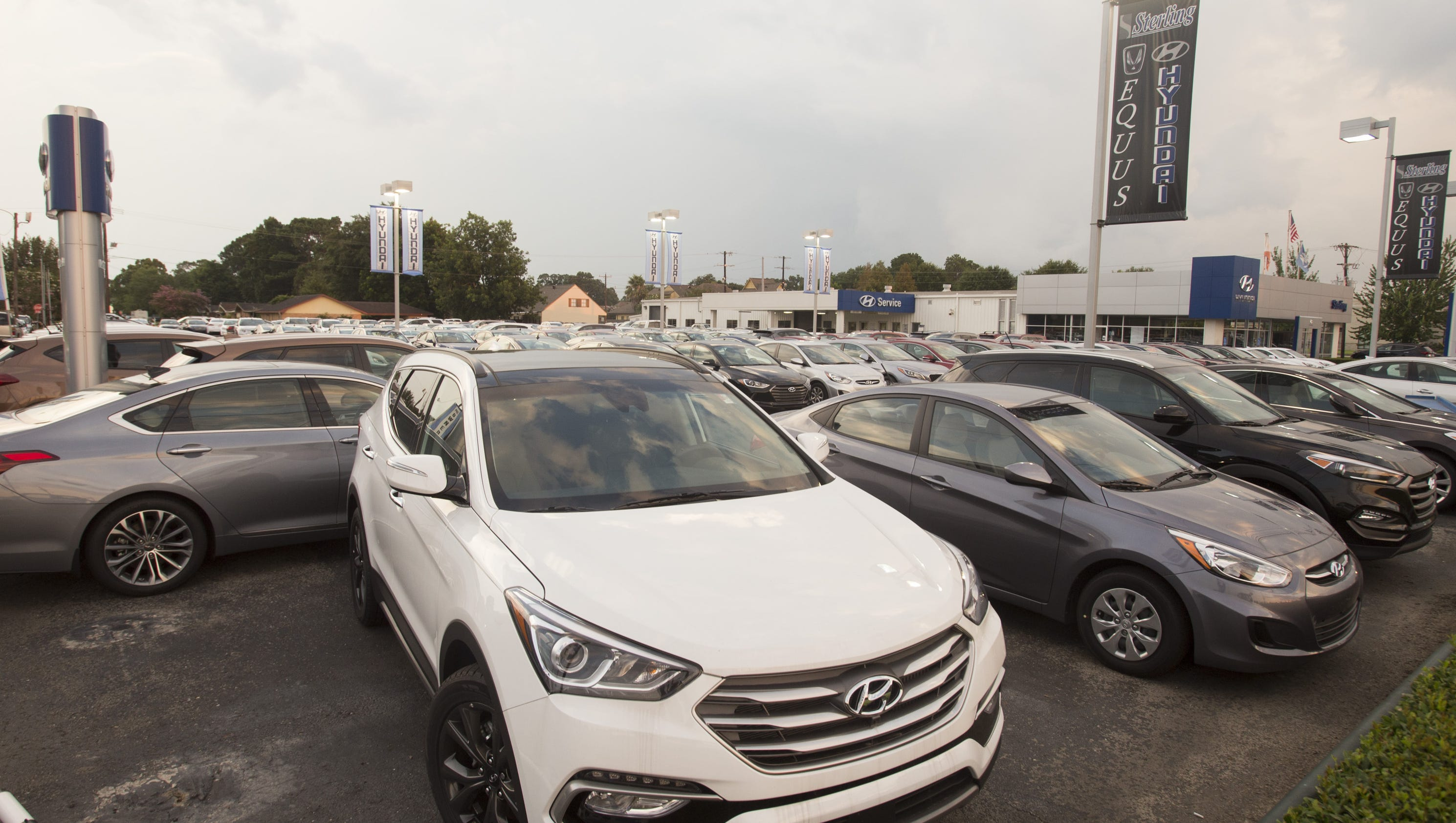 showroom images authorised hospital of near photos kvr dealers hyundai view kozhikode car national pictures front mavoor bzdet road
