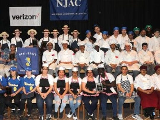 Culinary art students from the 2017 cook-off challenger