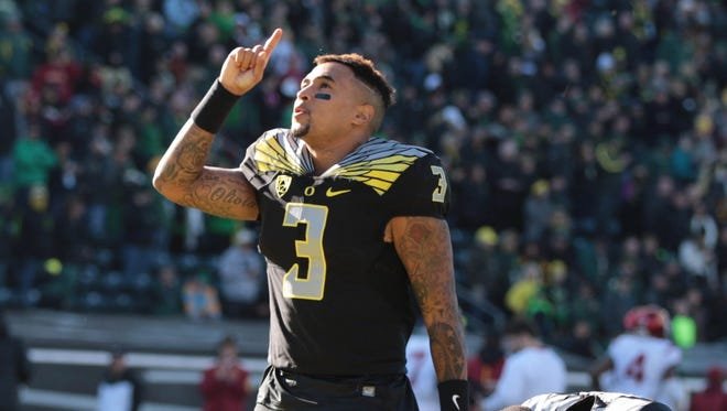 Nov 21, 2015; Eugene, OR, USA; Oregon Ducks quarterback Vernon Adams Jr. (3) points to the sky before the game against the USC Trojans at Autzen Stadium. Mandatory Credit: Scott Olmos-USA TODAY Sports