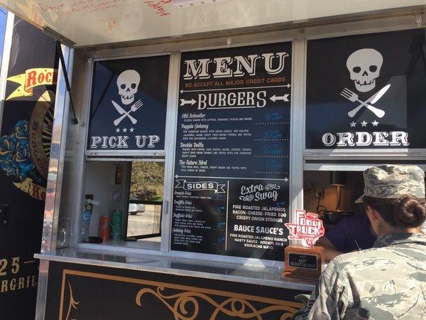Rockin rollerz food truck