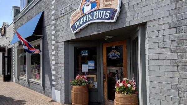 Poppin Huis, 224 S. River Ave., will close its doors this month after holding a liquidation sale. All equipment, inventory and fixtures must go.