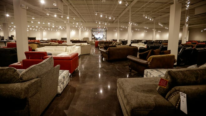Briggs Roomplace Ceo Sidney, L Fish Furniture Indianapolis