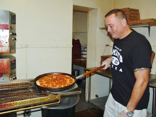 01 cos 0713 Amici's Pizza