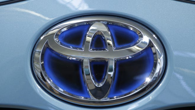 Toyota announced Friday that it is investing $50 million with Stanford University and MIT in hopes of gaining an edge in an accelerating race to phase out human drivers.