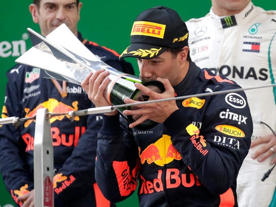2018-04-15-Daniel Ricciardo-chinese-gp