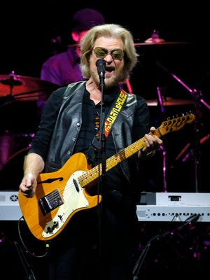 Daryl Hall and John Oates  perform in concert Wednesday, Sept. 14, 2016 in Phoenix.