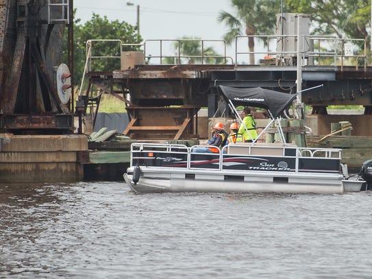 Florida East Coast Railway contractors and inspectors