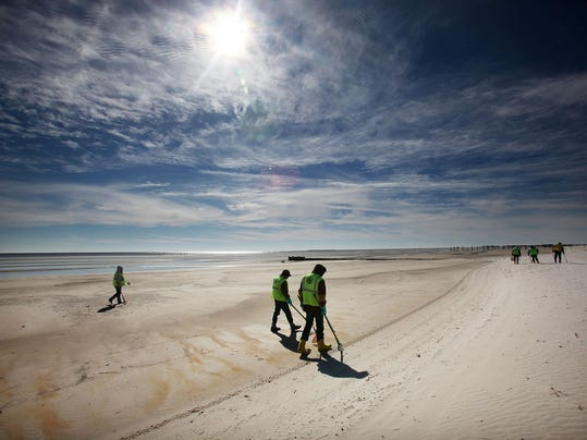 Nearly 8 Months After BP Oil Spill, U.S. Gulf Coast Still Affected