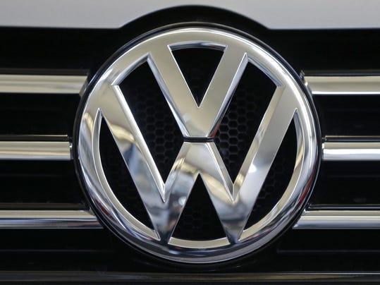 FILE-- vw logo