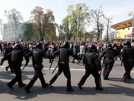 Russian police move to encompass participants of a