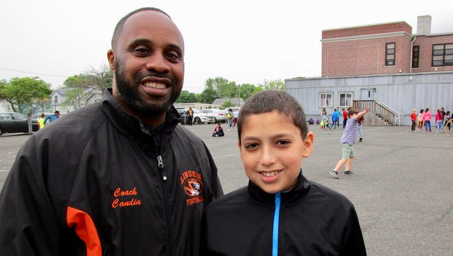 Linden fourth-grade teacher Deon Candia is fasting for Ramadan in support of Tarek Abdelkhalek.