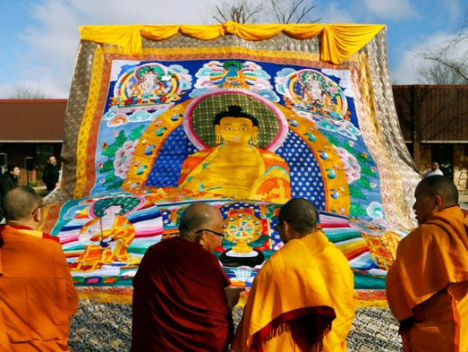 buddhist single women in des moines Read our expert reviews and user reviews of the most popular map of downtown des moines  50 single disabled women zodiac signs  buddhist temples in .