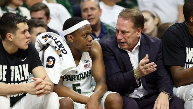 Michigan State coach Tom Izzo talks to Cassius Winston in the first half against Houston Baptist at the Breslin Center.