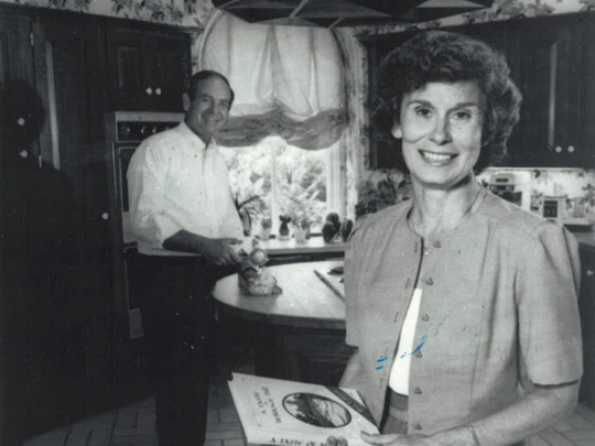 From 1982: Billie Ray and her husband, Iowa Gov. Robert Ray.