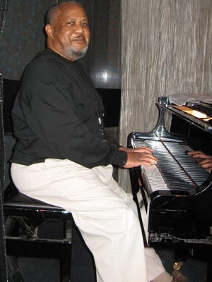 Famed jazz pianist Willie Pickens. The Milwaukee native died this month in Chicago.