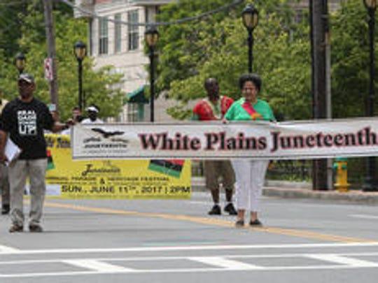Marchers at 2017 White Plains Juneteenth Parade.