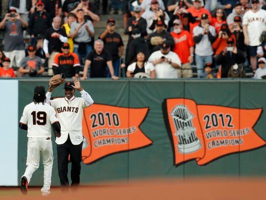Pirates_Giants_Baseball_27421.jpg