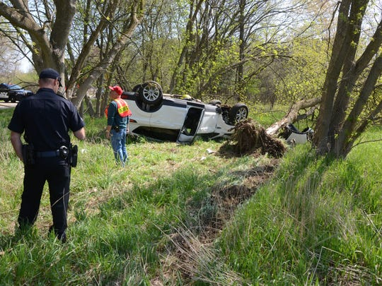 The driver of this SUV left the roadway in a Bedford
