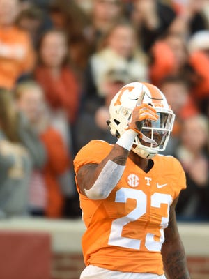 Tennessee defensive back Cameron Sutton reacts to a play against Missouri in the first half in 2016.