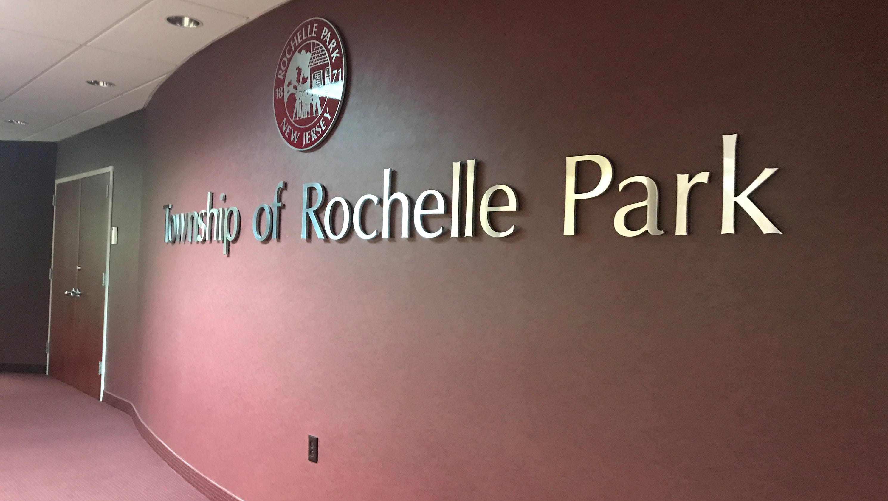 rochelle park chatrooms Sage day's rochelle park high school campus in new jersey has 32 on-site faculty members, along with administration who are here to assist you.