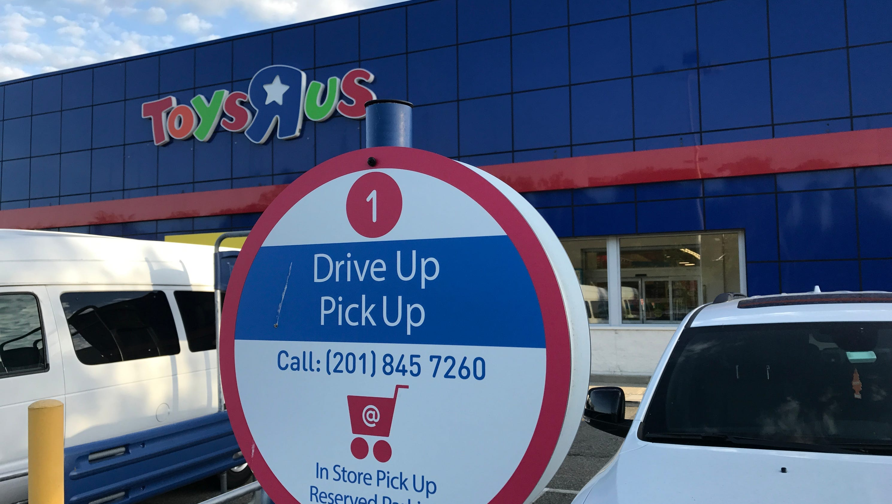 what toys r us bankruptcy means for shoppers