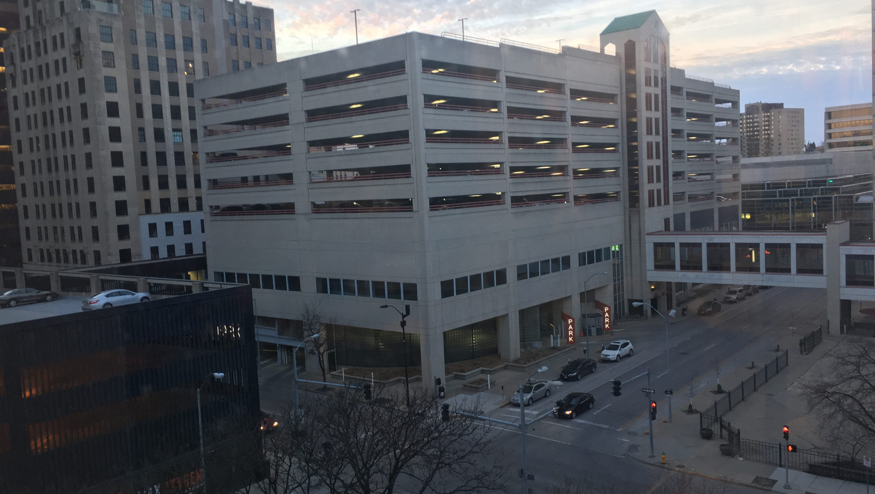 Arag to move rename downtown des moines building for How to move a building