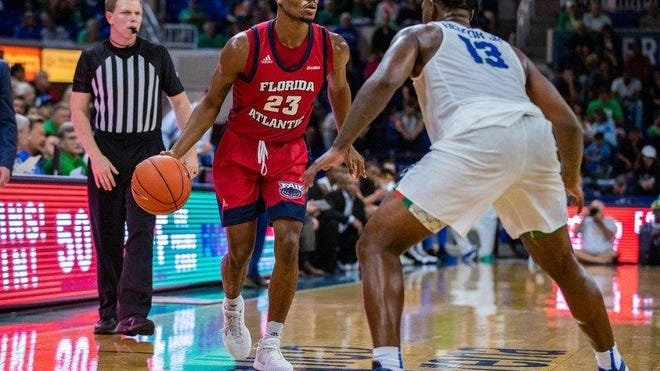 Florida Atlantic forward Rich Maitre plays during a 72-70 overtime loss to Florida Gulf Coast on Nov. 20, 2019.