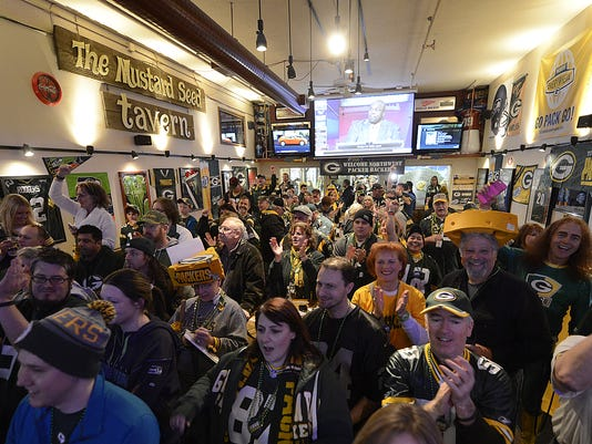 ES_GPG_Packers rally in Seattle_1.17.15