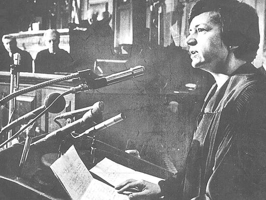 After being sworn in as the first woman to serve on the Wisconsin Supreme Court, Justice Shirley Abrahamson addressed the audience in the Assembly Chambers in Madison in 1976.