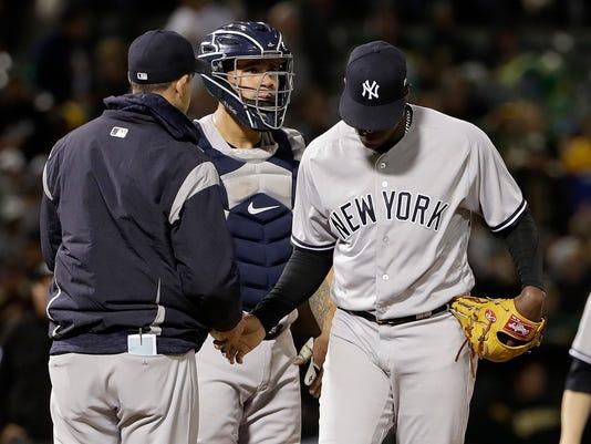 Yankees_Athletics_Baseball_89451.jpg