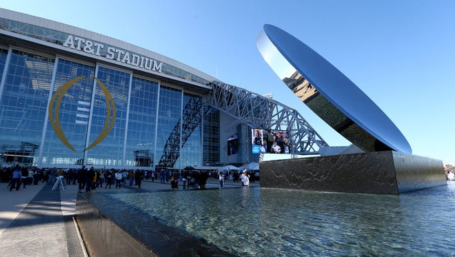 AT&T Stadium is the site of the Cotton Bowl between Western Michigan and Wisconsin.
