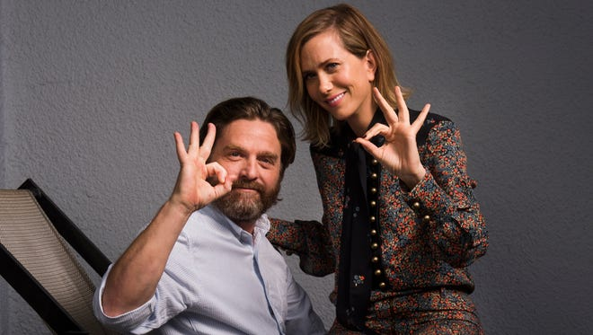Zach Galifianakis and Kristen Wiig, stars of 'Masterminds.'