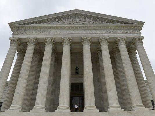 AP SUPREME COURT GLANCE A USA DC