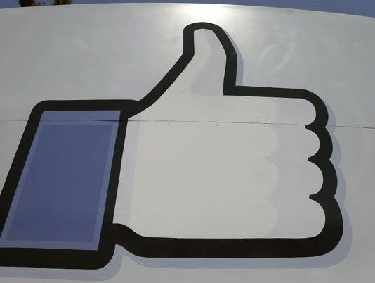 635956295315167767-FacebookMessenger.JPG
