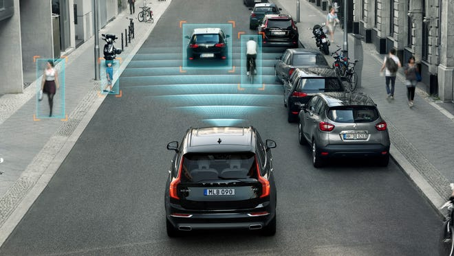 The XC90 is the first car in the world with technology that features automatic braking if the driver turns left (or right in left-hand traffic) in front of an oncoming car. This is a common scenario both in in busy city crossings and on highways. The all-new Volvo XC90 detects a potential crash and brakes automatically in order to avoid a collision or mitigate the consequences in a crash.