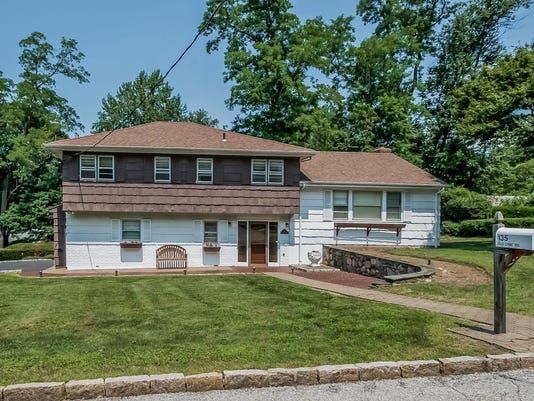 135 Old Lyme Road, Purchase 1.jpg