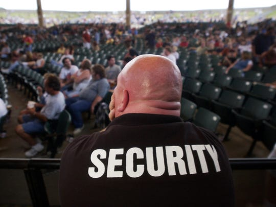 There are about 1,163,023 security guards in the nation.